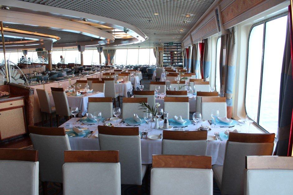 On en parle ,News, Faits divers, Breves, Interludes.... de la mer et de la croisiere - Page 14 Celestyal_Nefeli_Restaurante_1