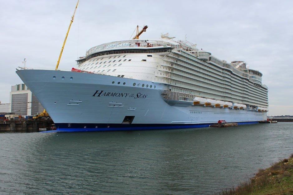 Harmony-of-the-Seas-exterior