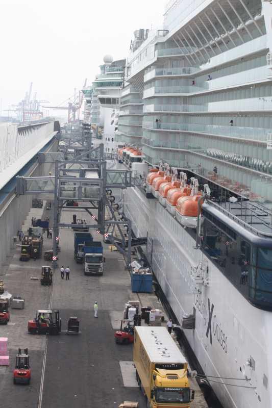 Camarote en equinox infocruceros for Exterior vista obstruida