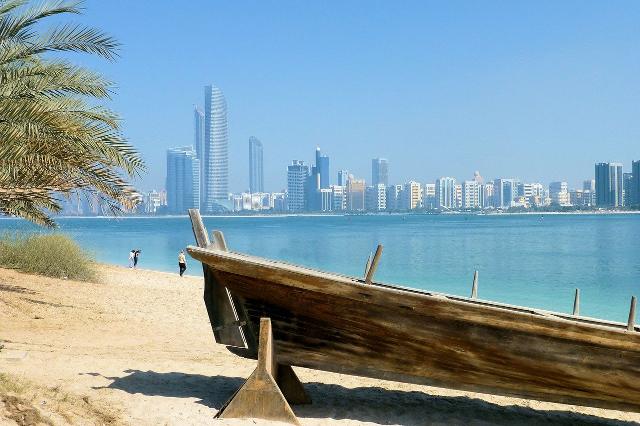 skyline-of-dubai-289976_1280