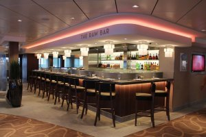Norwegian-Breakaway-Raw-Bar