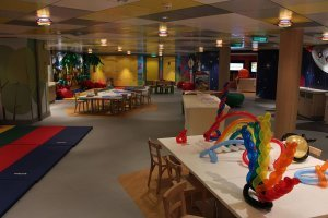 Norwegian-Breakaway-Splash-Academy-1