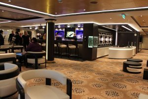 Norwegian-Breakaway-The-Haven-Lounge