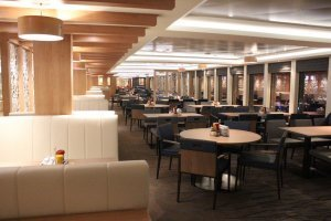Norwegian Escape Garden Cafe 3