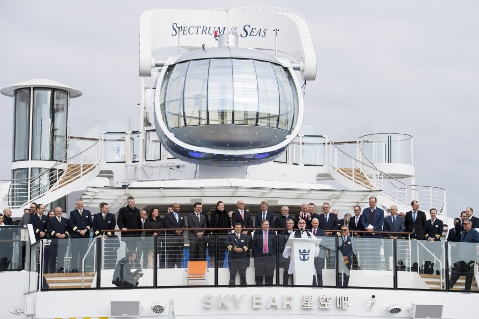 Royal Caribbean recibe su nuevo barco el Spectrum of the Seas