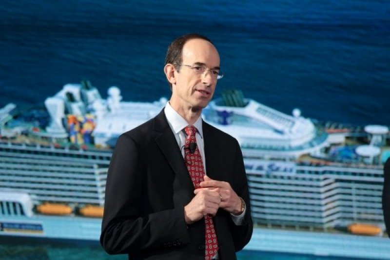 Adam Goldstein sale de Royal Caribbean