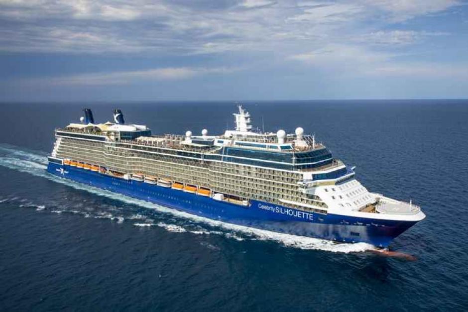 El Celebrity Silhouette cambia su verano en Mediterráneo y Báltico por las Islas Británicas