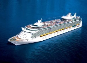 Freedom of the Seas y Brilliance OTS en Barcelona en 2017