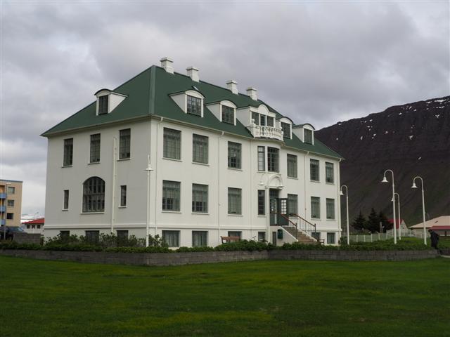 25-6-18WestfjordHeritageMuseum.JPG