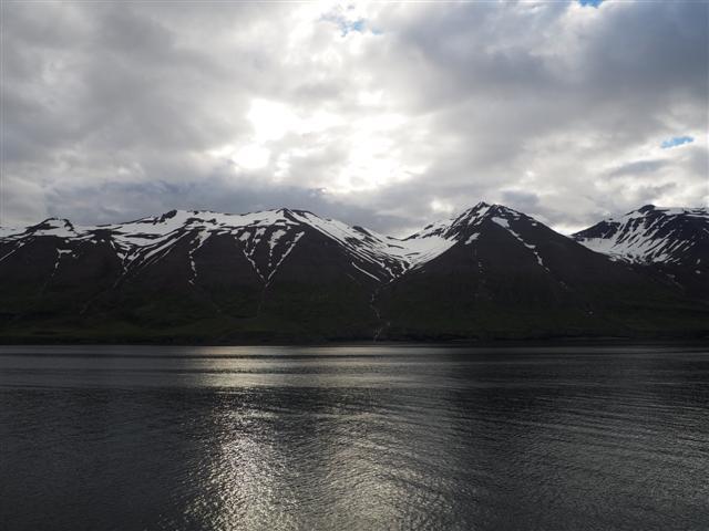 25-6-18fiordodeEyjafjordur..JPG