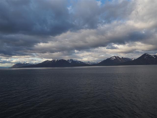 25-6-18fiordodeEyjafjordur.JPG