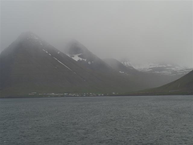 25-6-18fiordoeisafjord_2019-04-07.JPG