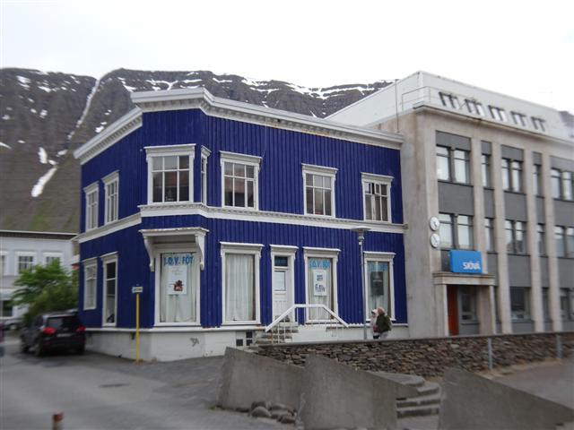 25-6-18isafjordur-.JPG