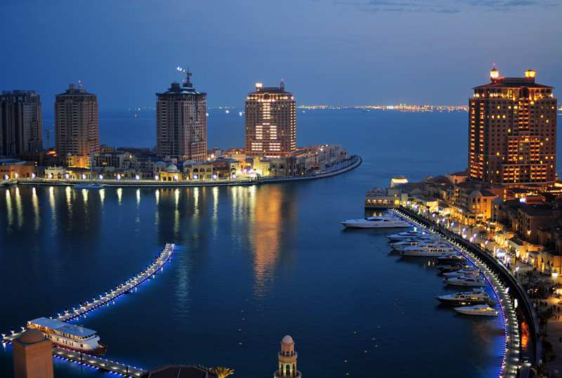 Dusk_at_the_Pearl_Qatar_6279825109.jpg