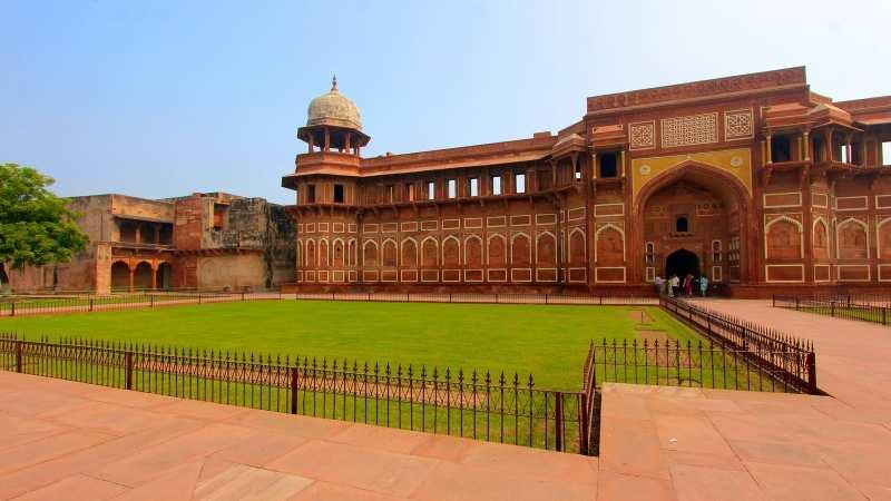 Agra-Fort.jpg
