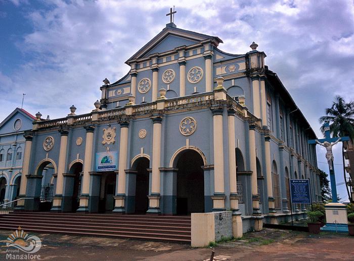 Aloysius-Chapel-1.png