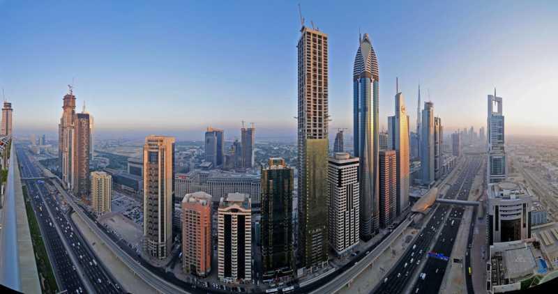 AbuDhabisheikh_zayed_road_panorama_by_verticaldubai-d3c4j99.jpg